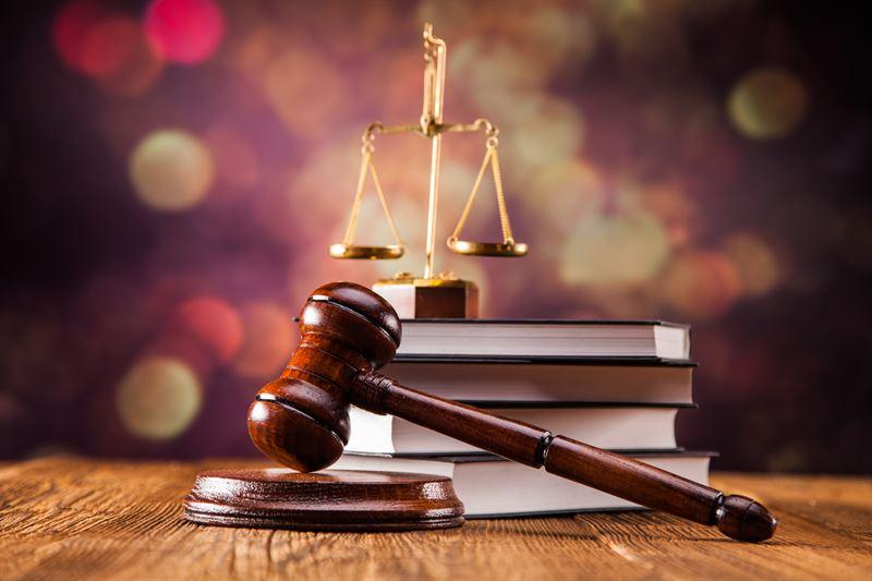 Polskie kodeksy prawne. Poznaj najważniejsze obowiązujące akty normatywne